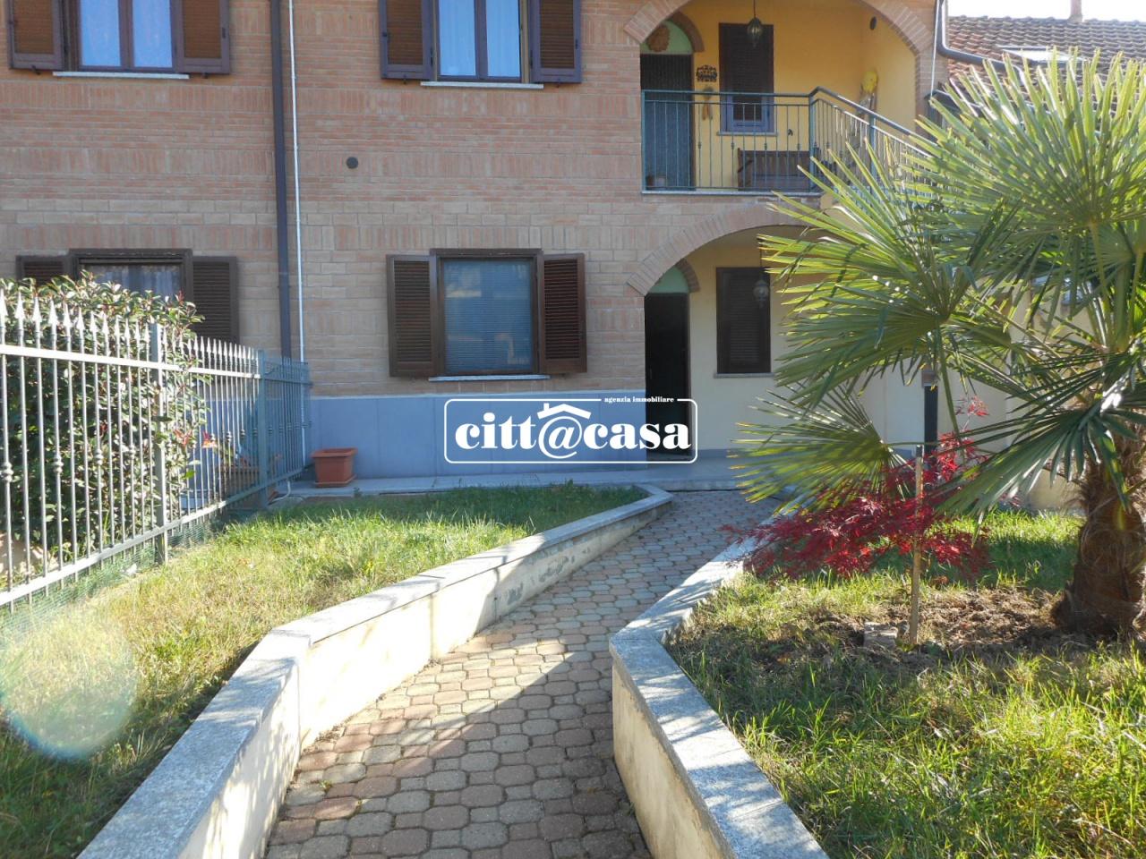 Appartamento in ottime condizioni in affitto Rif. 8740622