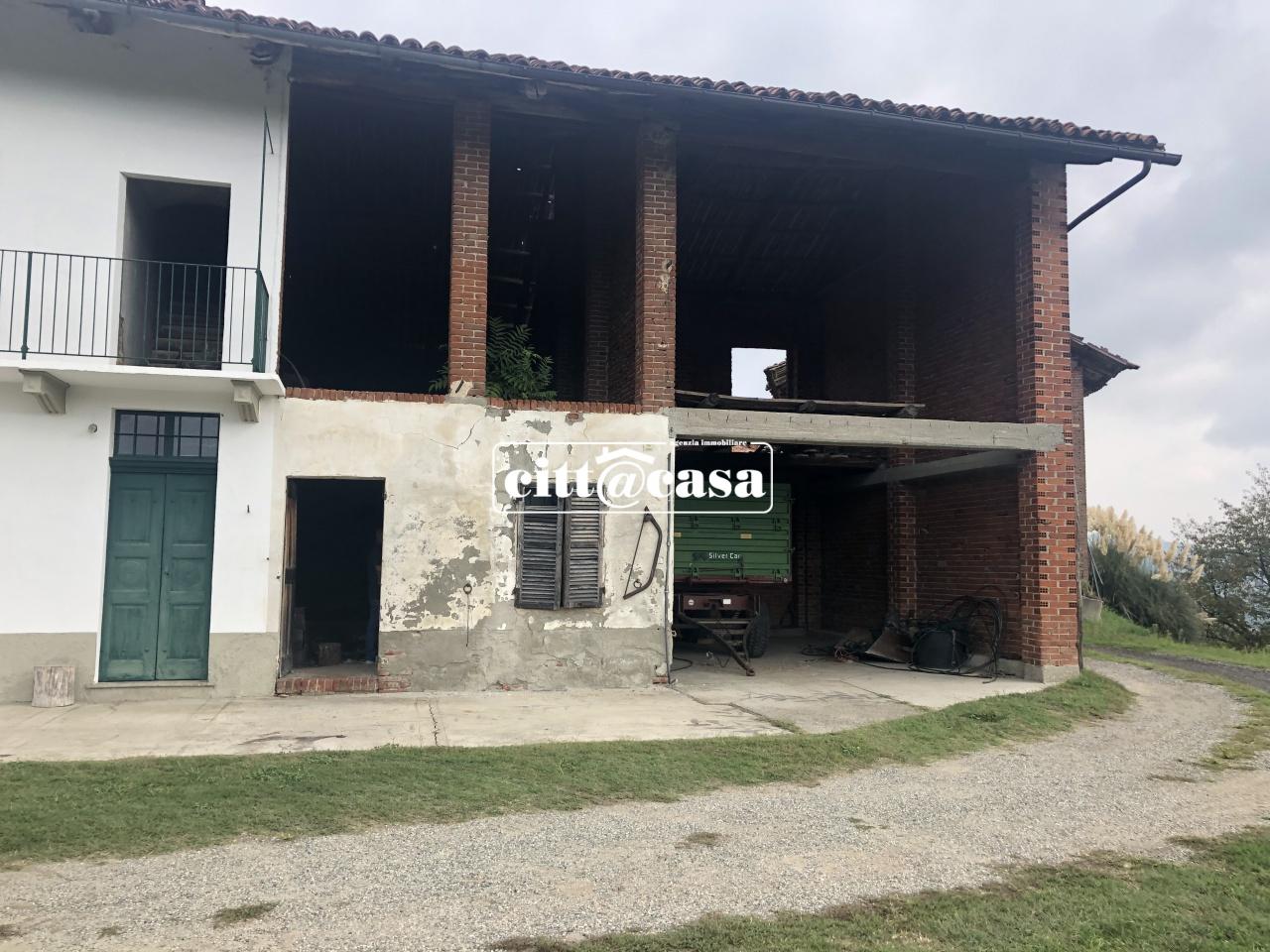 Rustico / Casale in discrete condizioni in vendita Rif. 11188874