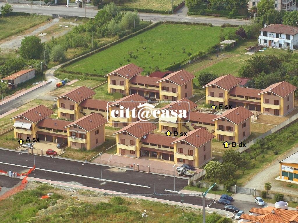 Appartamento in vendita a Caluso, 4 locali, prezzo € 170.000 | CambioCasa.it
