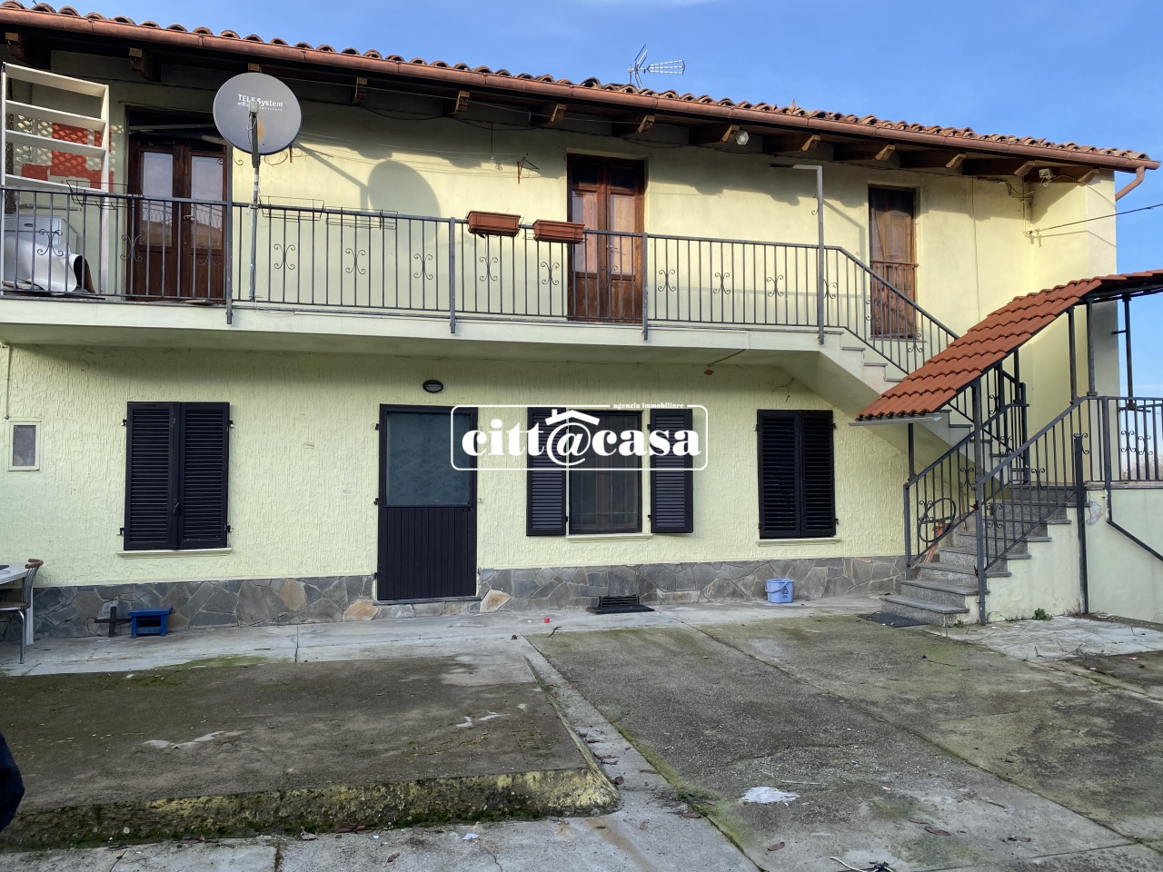 Casa Indipendente da ristrutturare in vendita Rif. 12065364