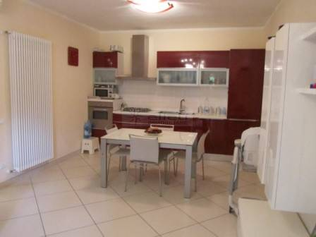 Soluzione Indipendente in vendita a Massa, 3 locali, zona Località: MARINA DI MASSA, prezzo € 295.000   Cambio Casa.it