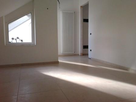 Attico / Mansarda in vendita a Massa, 2 locali, zona Località: MARINA DI MASSA, prezzo € 175.000 | Cambio Casa.it