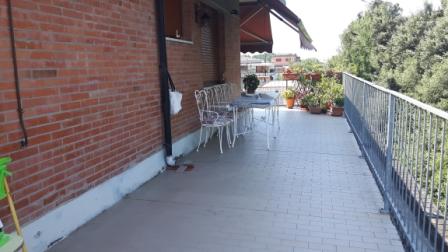 Attico / Mansarda in vendita a Massa, 6 locali, zona Località: RONCHI, prezzo € 400.000 | Cambio Casa.it