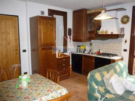 Appartamento in ottime condizioni in vendita Rif. 4767871