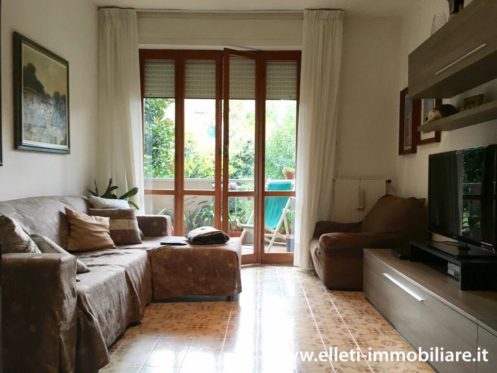 Appartamento in buone condizioni in vendita Rif. 11518843