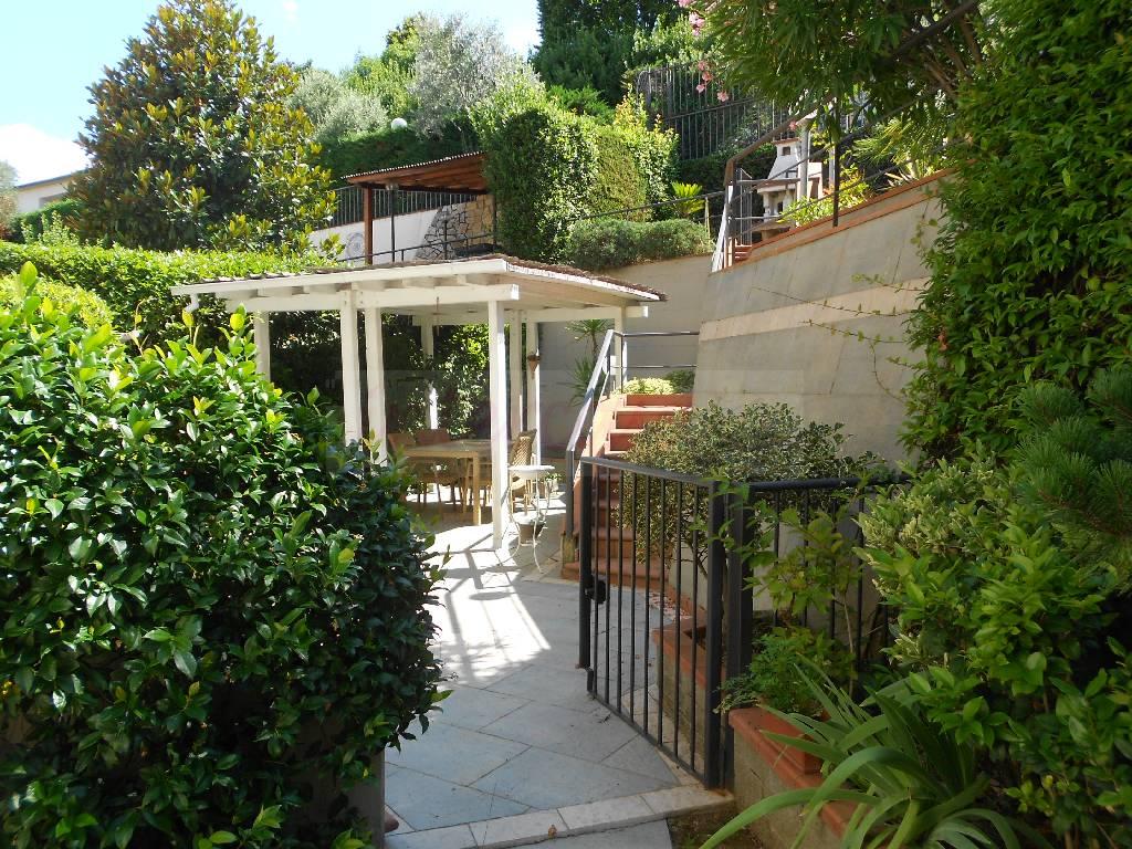 Villa in ottime condizioni in vendita Rif. 4768028