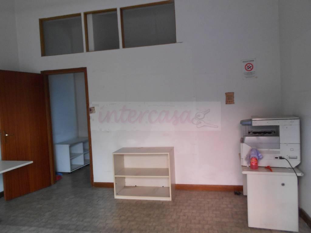 Bilocale Prato  5