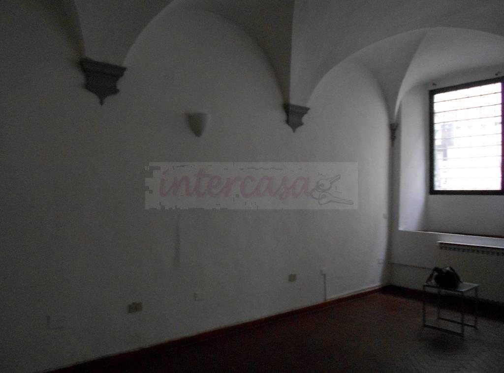 Bilocale Prato  4
