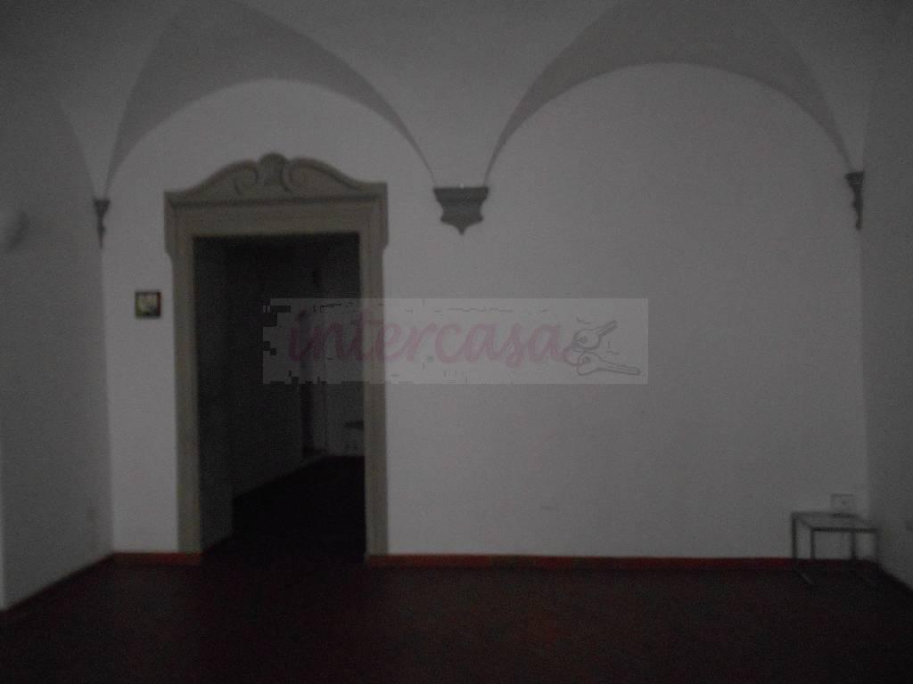 Bilocale Prato  6