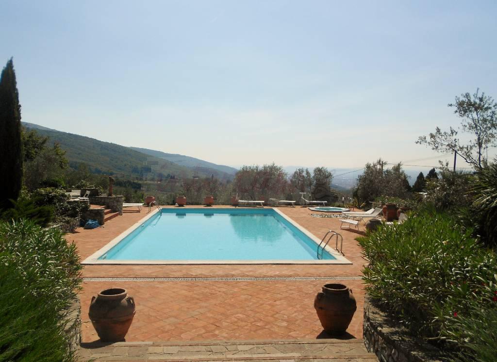 Villa in ottime condizioni arredato in vendita Rif. 4768045