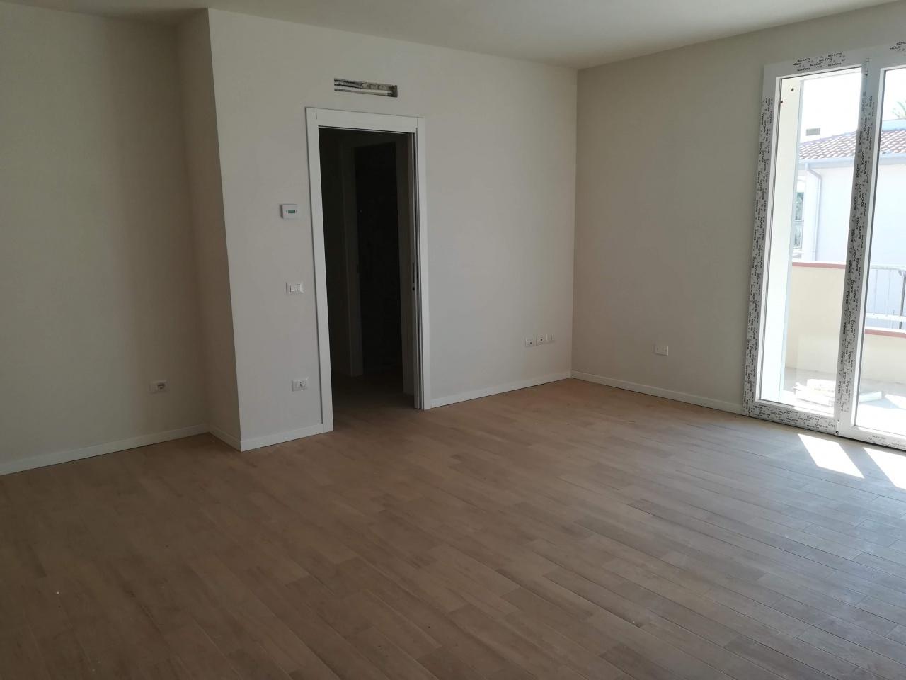 Appartamento in vendita a Quarrata, 3 locali, prezzo € 182.000 | CambioCasa.it