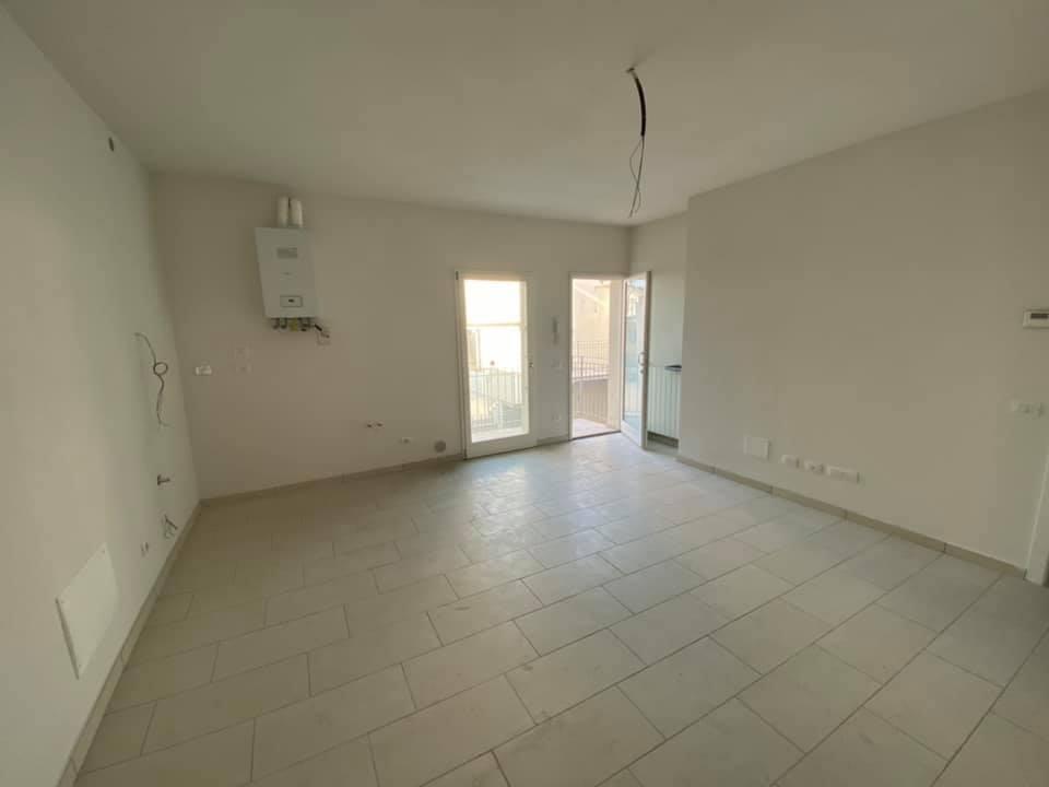 Appartamento in vendita a Montemurlo, 3 locali, prezzo € 145.000 | CambioCasa.it