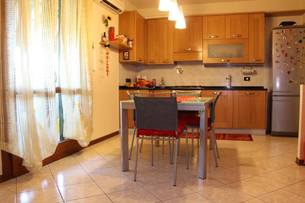 Appartamento in vendita a Agliana, 3 locali, prezzo € 210.000 | PortaleAgenzieImmobiliari.it