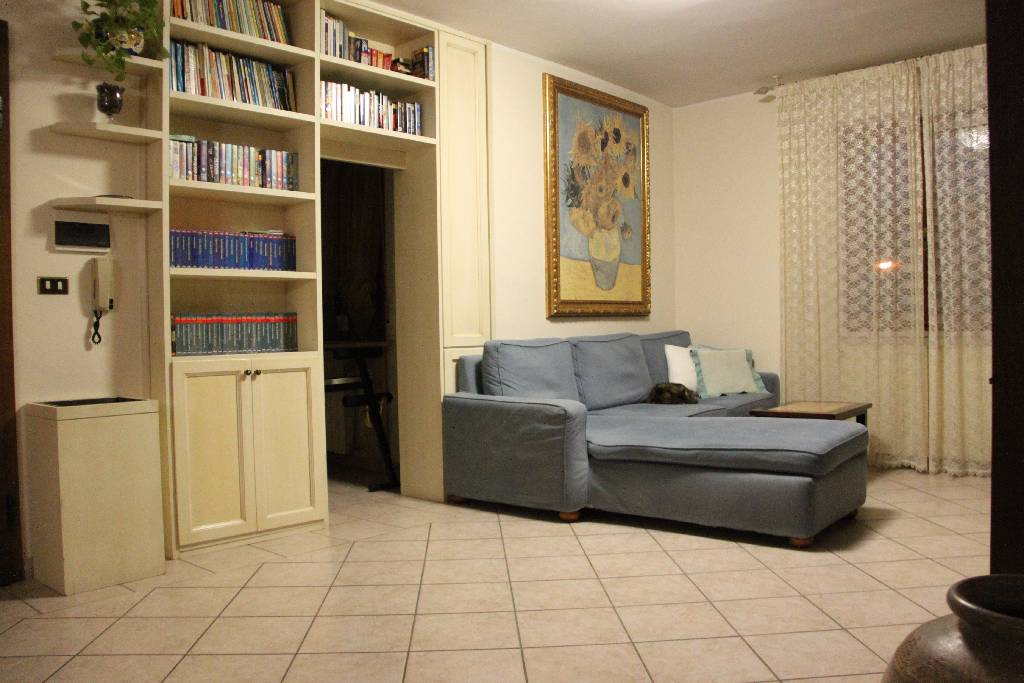 Appartamento in vendita a Montemurlo, 4 locali, prezzo € 199.000 | PortaleAgenzieImmobiliari.it