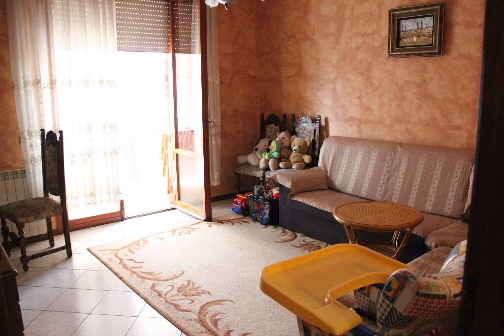 Appartamento in vendita a Montemurlo, 4 locali, prezzo € 170.000 | PortaleAgenzieImmobiliari.it