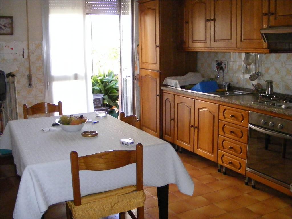 Appartamento in vendita a Montemurlo, 4 locali, prezzo € 149.000 | PortaleAgenzieImmobiliari.it