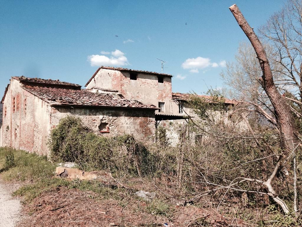 Rustico / Casale in vendita a Pistoia, 12 locali, zona Località: GENERICA, prezzo € 199.000 | Cambio Casa.it