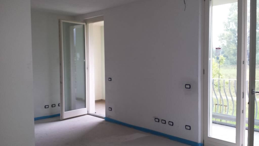 Appartamento in affitto a Montemurlo, 4 locali, zona Località: MONTEMURLO, prezzo € 660 | Cambio Casa.it