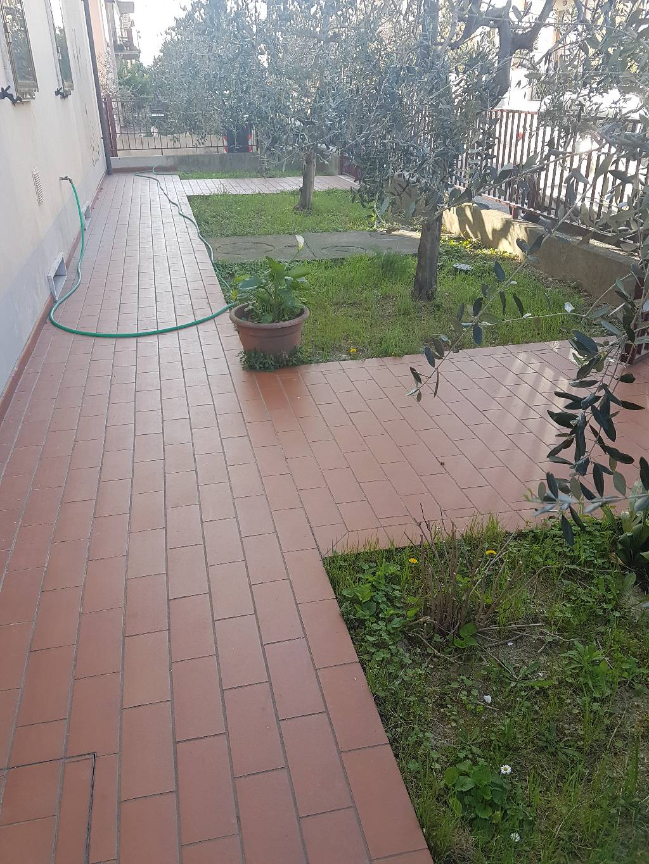 Soluzione Indipendente in affitto a Montemurlo, 3 locali, zona Zona: Bagnolo, prezzo € 700 | Cambio Casa.it