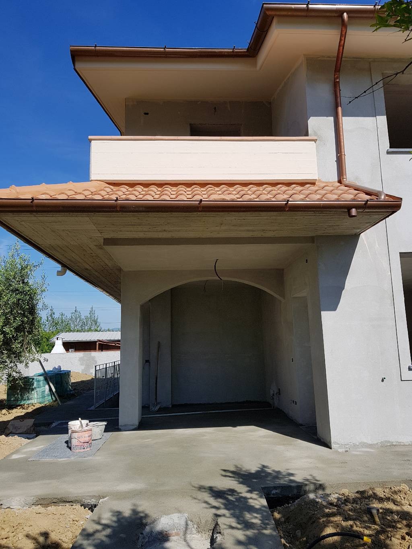 Soluzione Indipendente in affitto a Pistoia, 4 locali, Trattative riservate | CambioCasa.it
