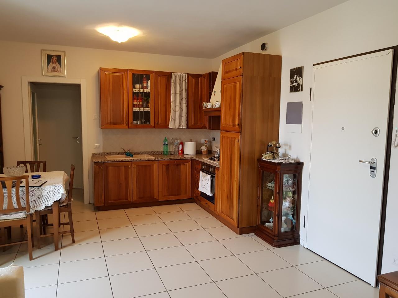 Appartamento in vendita a Montemurlo, 2 locali, prezzo € 149.000 | CambioCasa.it