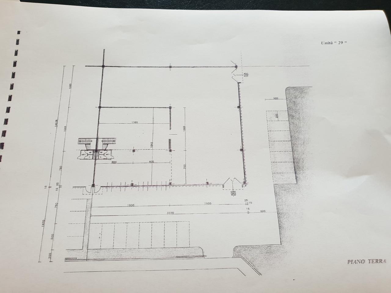 Magazzino - capannone in affitto Rif. 7961080