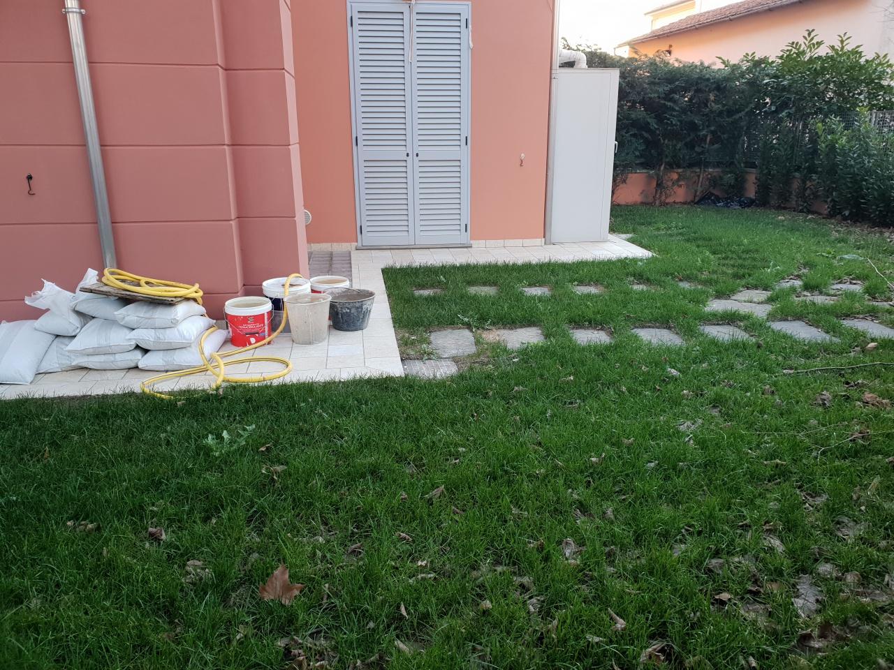 Villa a Schiera in affitto a Montale, 5 locali, prezzo € 1.000 | CambioCasa.it