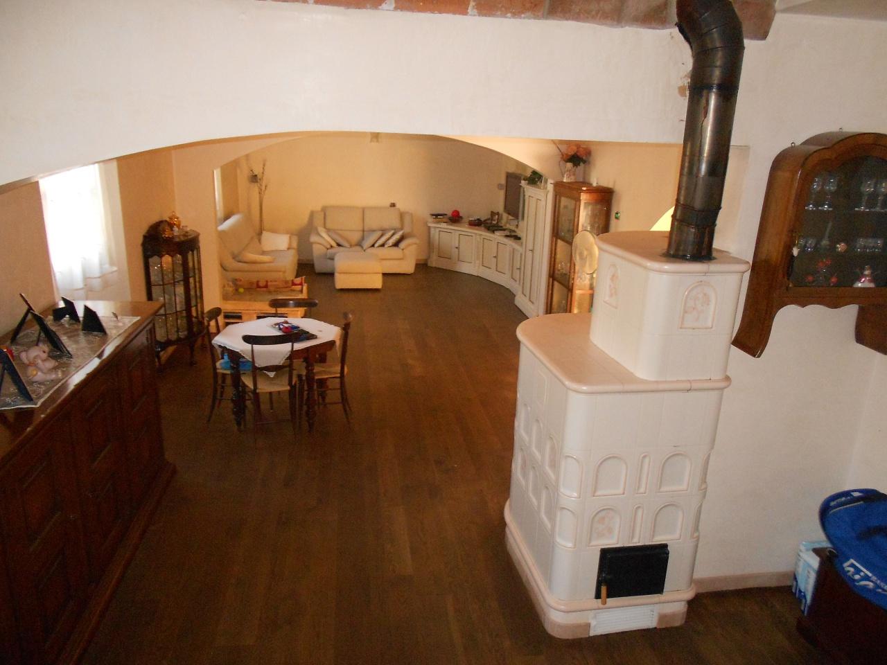 Casa Indipendente ristrutturato in vendita Rif. 10536511