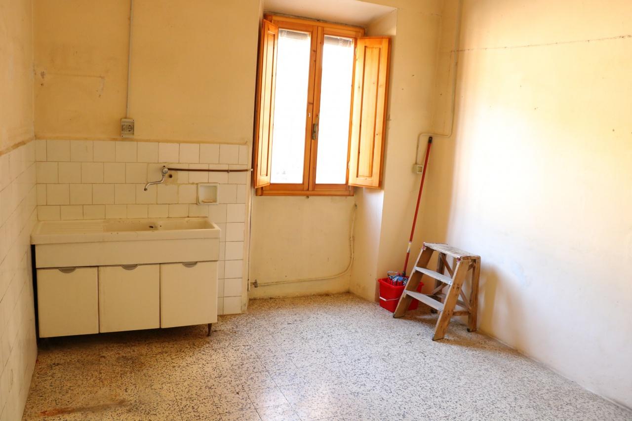 Bilocale Fiesole Via Aretina 11