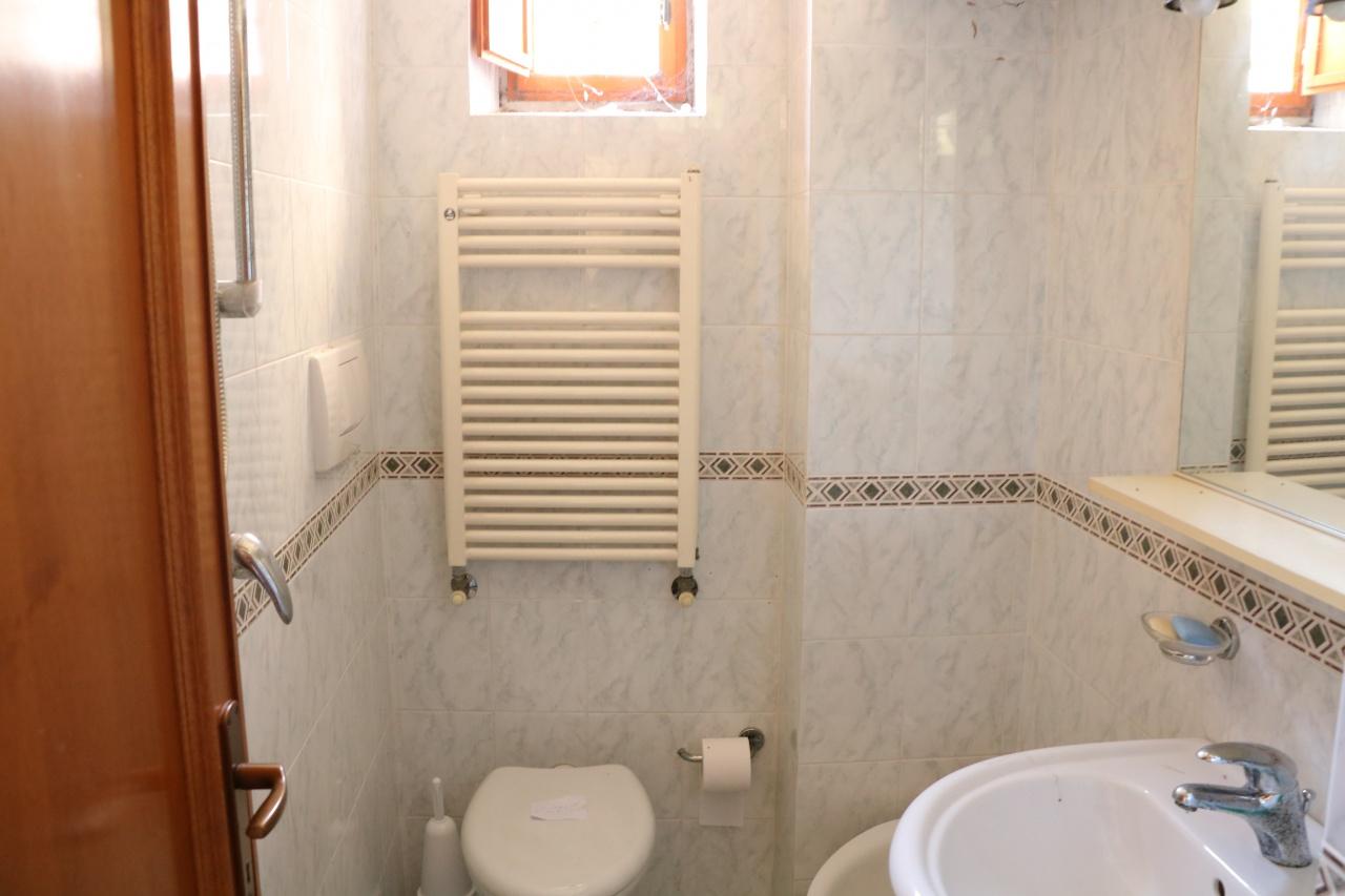 Bilocale Fiesole Via Aretina 13