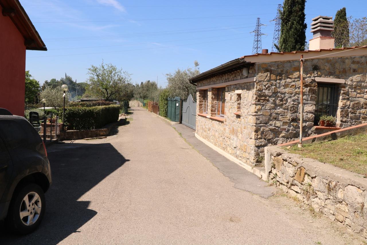 Bilocale Fiesole Via Aretina 3