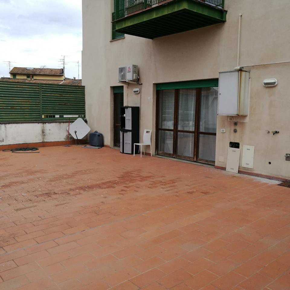 Appartamento in ottime condizioni in vendita Rif. 10176417