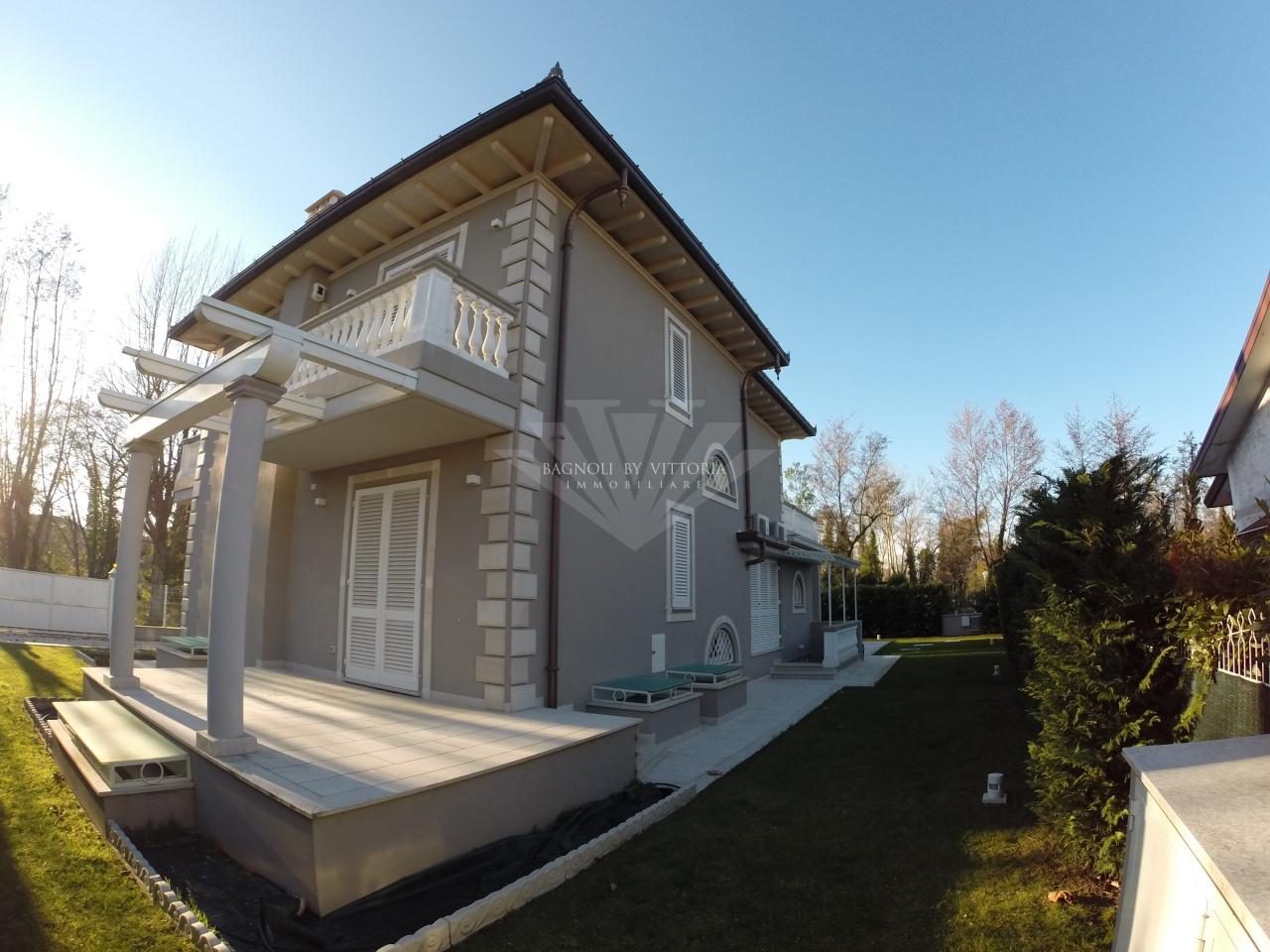 Villa singola PIETRASANTA 273