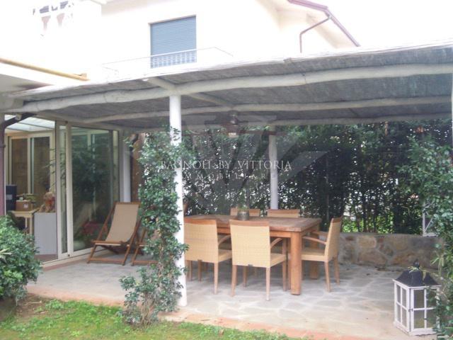 Villa in ottime condizioni arredato in affitto Rif. 9021015