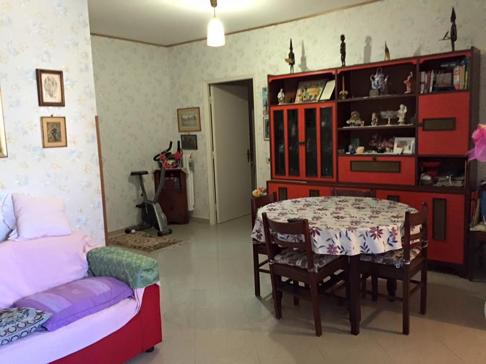 Bilocale Terracina Via Del Porto 04019 2
