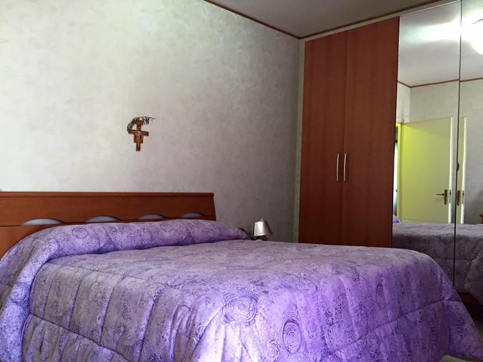 Bilocale Terracina Via Del Porto 04019 3