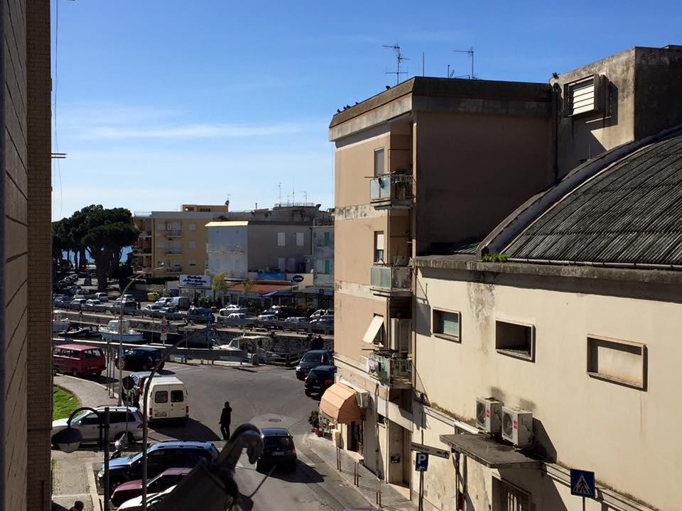 Bilocale Terracina Via Del Porto 04019 1