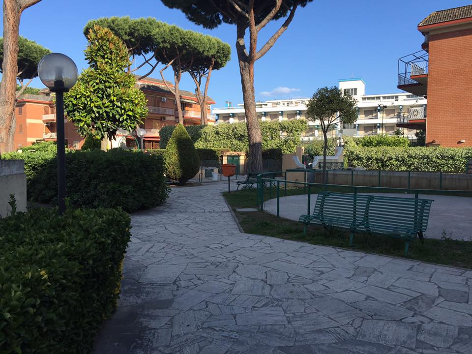 Bilocale Terracina Via Pontina 04019 3