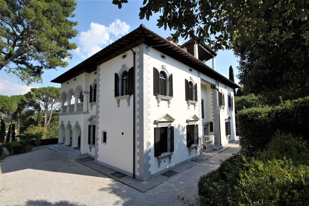 Villa ristrutturato in vendita Rif. 10993123
