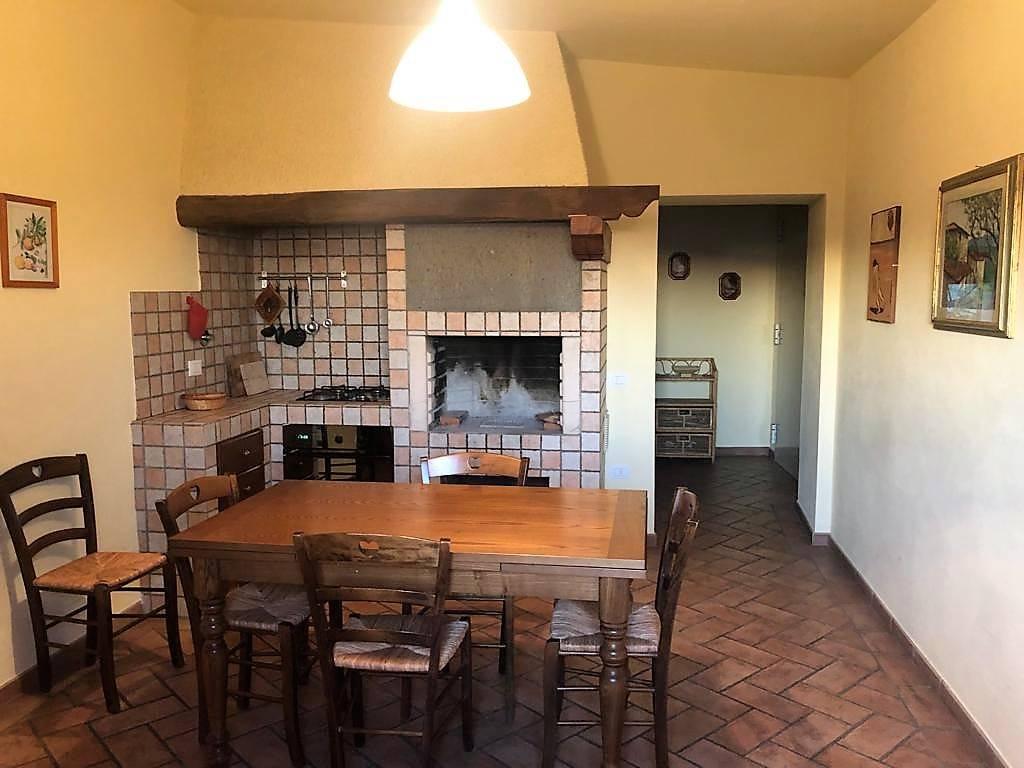Appartamento ristrutturato in affitto Rif. 11672895