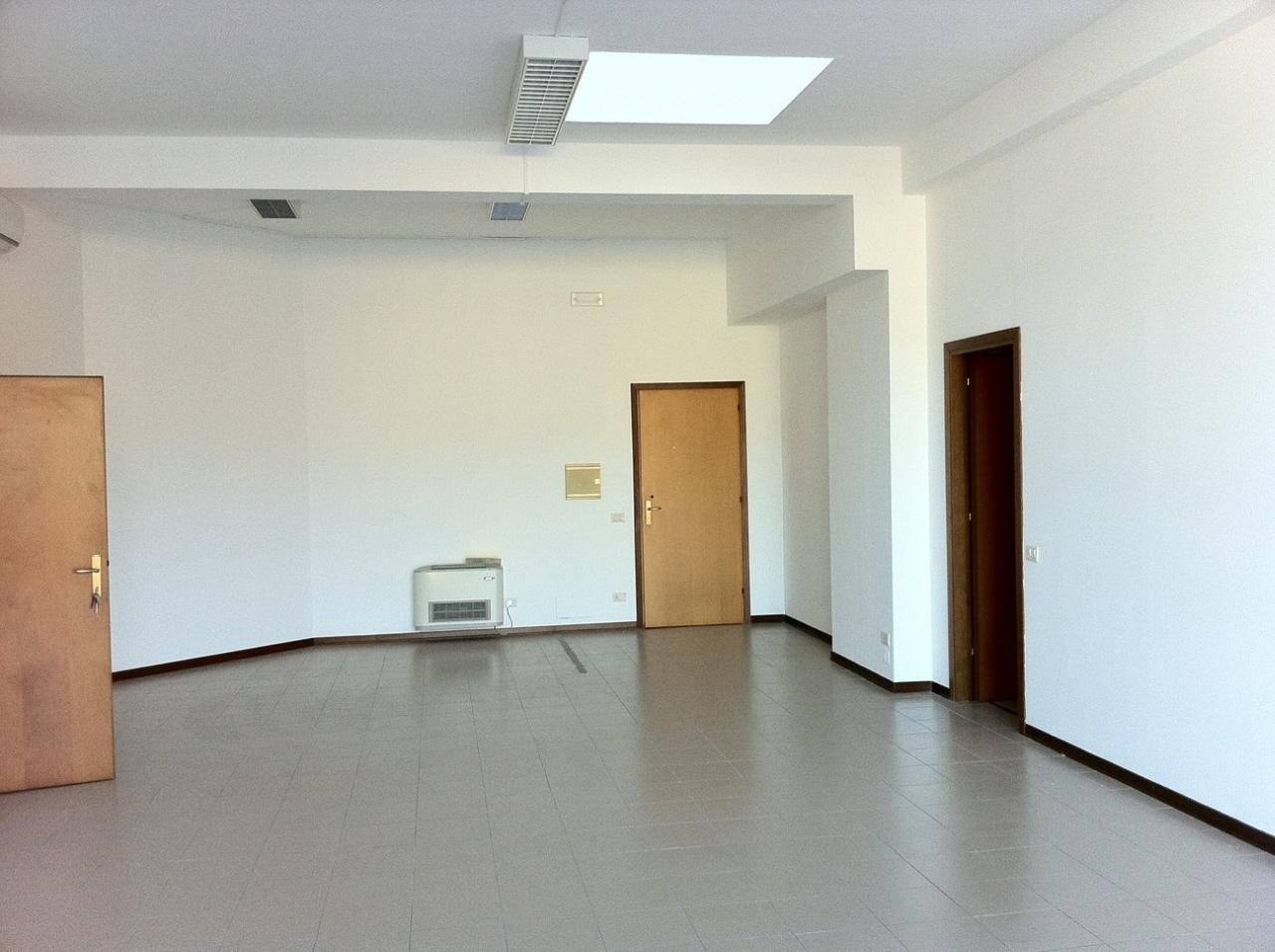 Ufficio bilocale in vendita a Pesaro (PU)