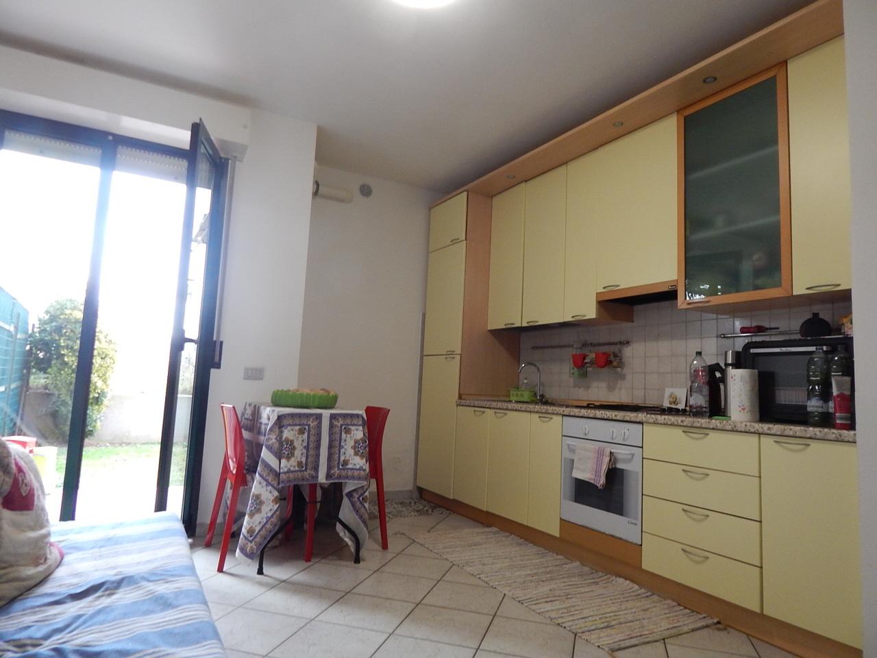 Appartamento in vendita a Pesaro, 2 locali, prezzo € 130.000 | CambioCasa.it
