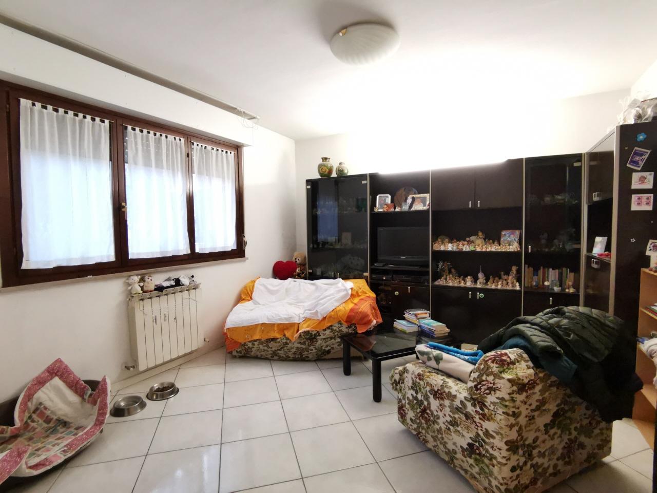 Villa a schiera quadrilocale in vendita a Pesaro (PU)