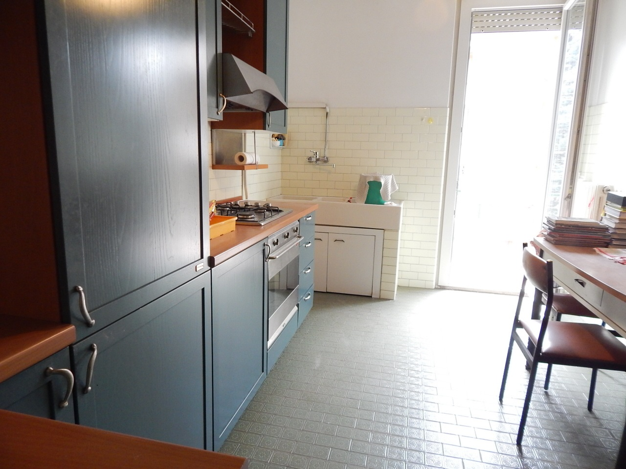 Appartamento in discrete condizioni in vendita Rif. 10800575