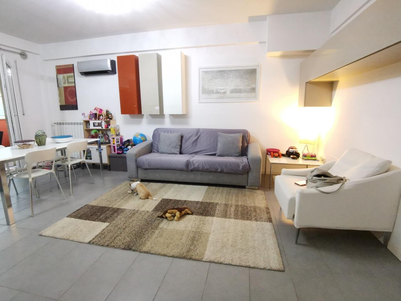 Appartamento in vendita a Pesaro, 3 locali, prezzo € 240.000   CambioCasa.it