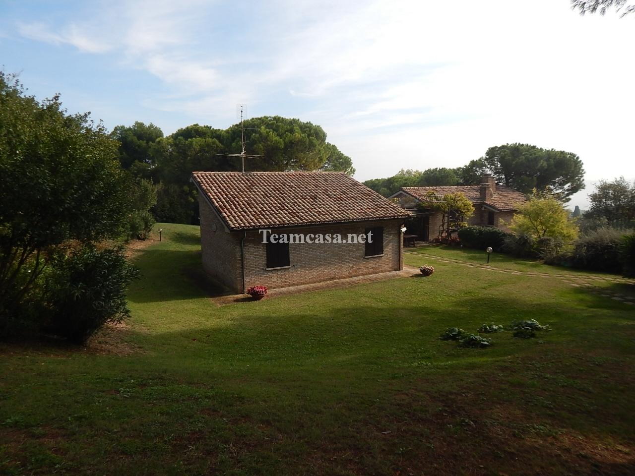 Villa 6 locali in vendita a Pesaro (PU)