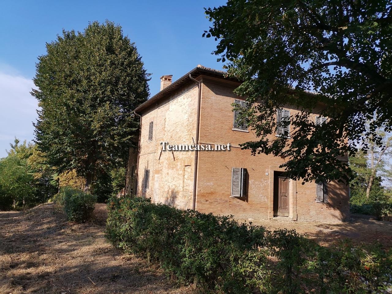 Villa in vendita a Urbino (PU)