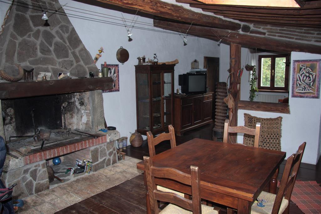 Rustico / Casale in buone condizioni in vendita Rif. 4769151