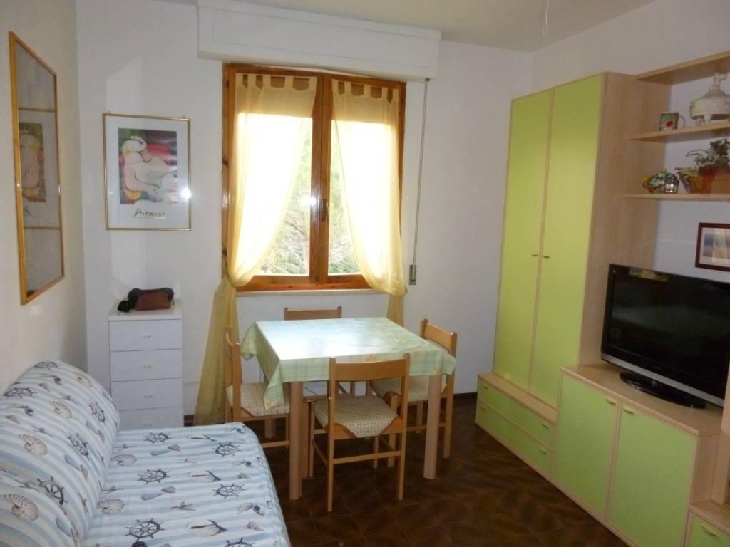 vendita appartamento follonica salciaina  145000 euro  3 locali  40 mq