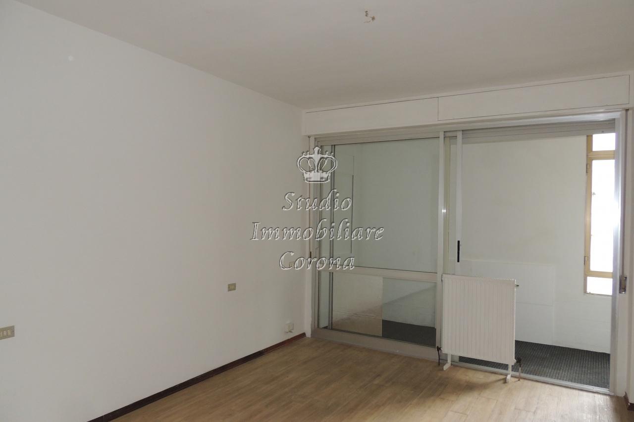 vendita appartamento follonica zona nuova  265000 euro  4 locali  90 mq